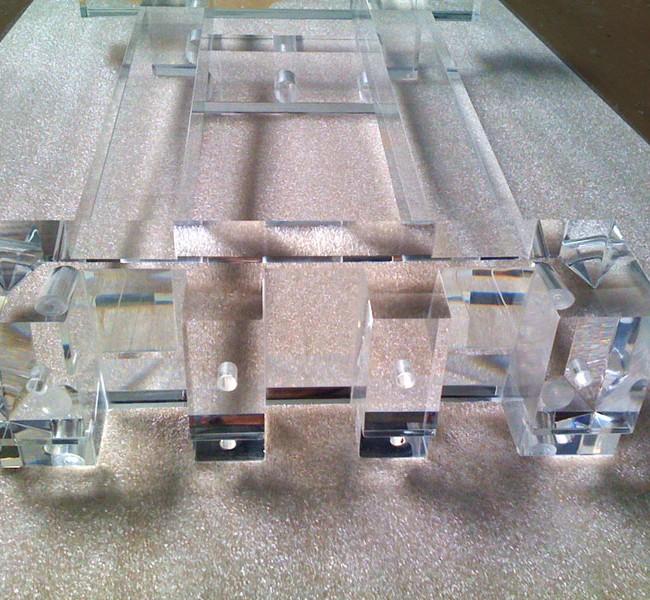 Fabrication Piano Plexiglas